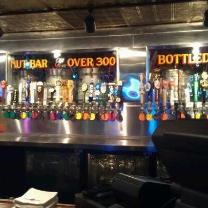2/9/2012에 Kevin M.님이 Williams Uptown Pub & Peanut Bar에서 찍은 사진
