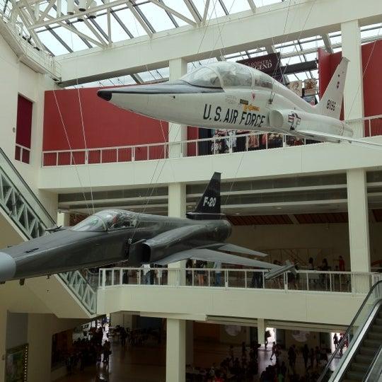 Das Foto wurde bei California Science Center von MrDJ M. am 6/15/2012 aufgenommen