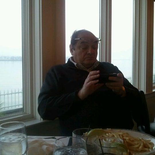 Foto tomada en Harbor House por robin el 1/11/2012