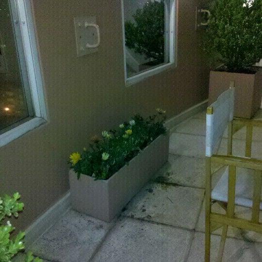 รูปภาพถ่ายที่ InterTower Hotel โดย Pepe E. เมื่อ 10/12/2011