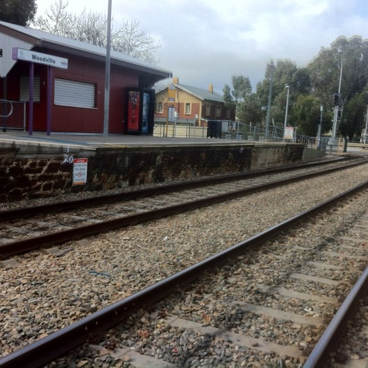Woodville train station