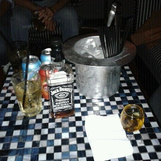 Das Foto wurde bei Club Saltillo 39 von Leslie M. am 7/29/2012 aufgenommen