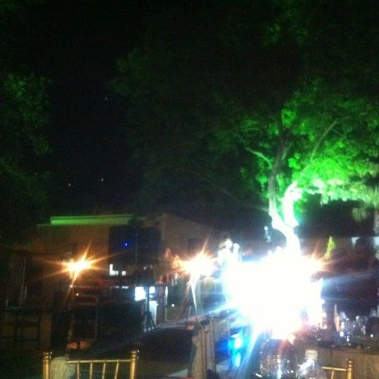 Photo prise au Biba Cafe par Nazel le6/9/2012