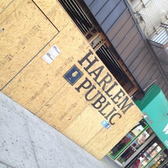 รูปภาพถ่ายที่ Harlem Public โดย Reggie V. เมื่อ 4/14/2012