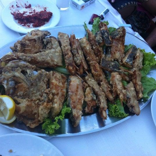 Foto diambil di Yasemin Restaurant oleh Marcel D. pada 6/3/2012