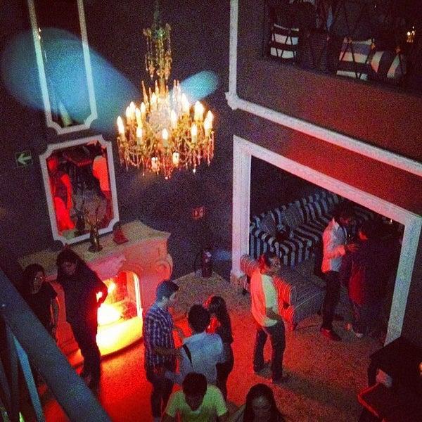 Das Foto wurde bei Club Saltillo 39 von Eduardo V. am 8/3/2012 aufgenommen