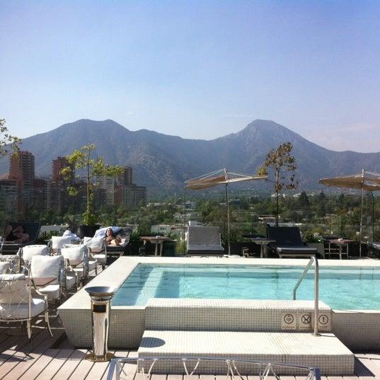 Foto tomada en Hotel Noi por Jared H. el 2/25/2012