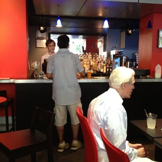 Снимок сделан в Bar Thalia пользователем Mayu 7/1/2012