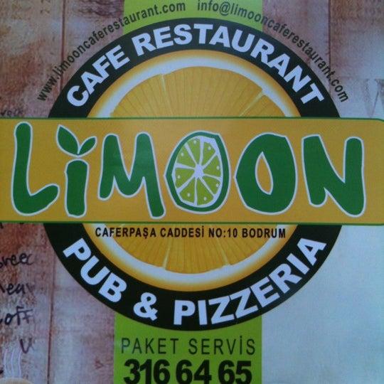 8/19/2012にEgemen S.がLimoon Café & Restaurantで撮った写真