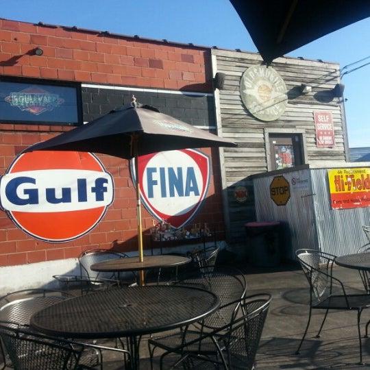 Foto tomada en El Bait Shop por Michael G. el 9/8/2012