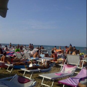 8/13/2012에 Luciana F.님이 La Spiaggia Del Cuore 110에서 찍은 사진