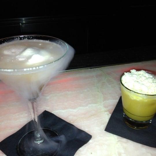 Photo prise au HaVen Gastro-Lounge par Kelly P. le4/12/2012