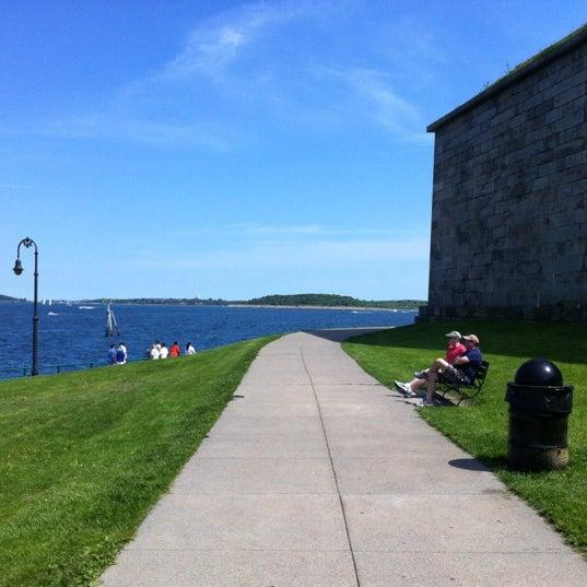 5/20/2012 tarihinde Lindsey D.ziyaretçi tarafından Castle Island'de çekilen fotoğraf