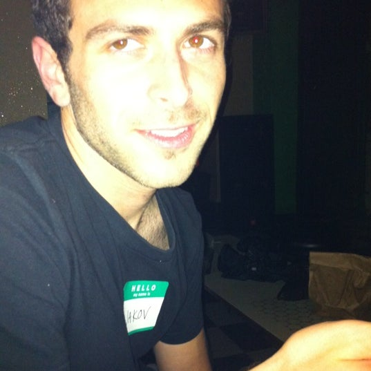 Foto scattata a Beauty Bar da Kendra B. il 9/29/2011