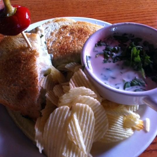 Foto tirada no(a) Hammontree's Grilled Cheese por Becky S. em 7/29/2011