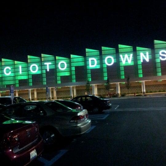 Photo prise au Eldorado Gaming Scioto Downs par Ashley F. le7/21/2012