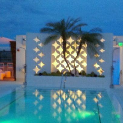 7/17/2011にCraig TrentecostaがDream South Beach Hotelで撮った写真