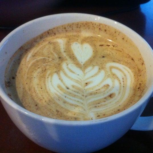 Foto tomada en Mars Cafe por Rachel G. el 5/8/2012