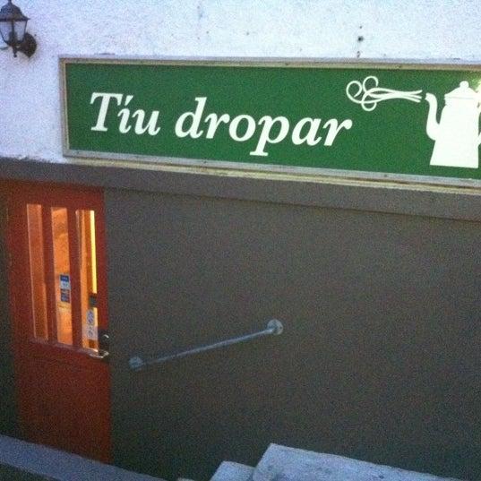 Снимок сделан в Tíu Dropar пользователем David H. 1/15/2011