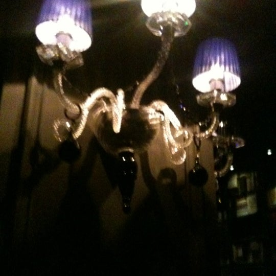Foto tomada en The Lady Silvia Lounge por Highbrow G. el 11/8/2011