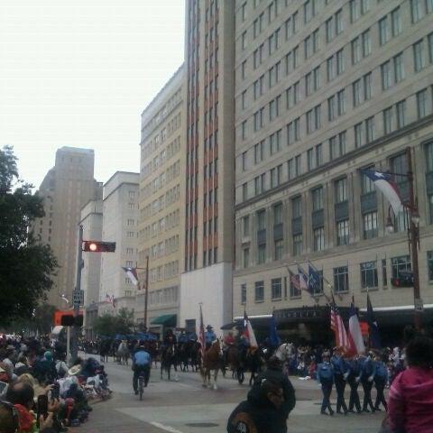 รูปภาพถ่ายที่ Magnolia Hotel โดย Marcus เมื่อ 11/24/2011