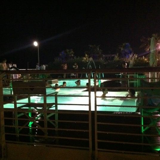 6/24/2012에 Svetlana M.님이 La Spiaggia Del Cuore 110에서 찍은 사진