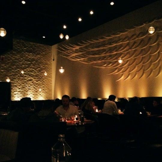 Das Foto wurde bei STK LA von Bobby N. am 2/17/2012 aufgenommen