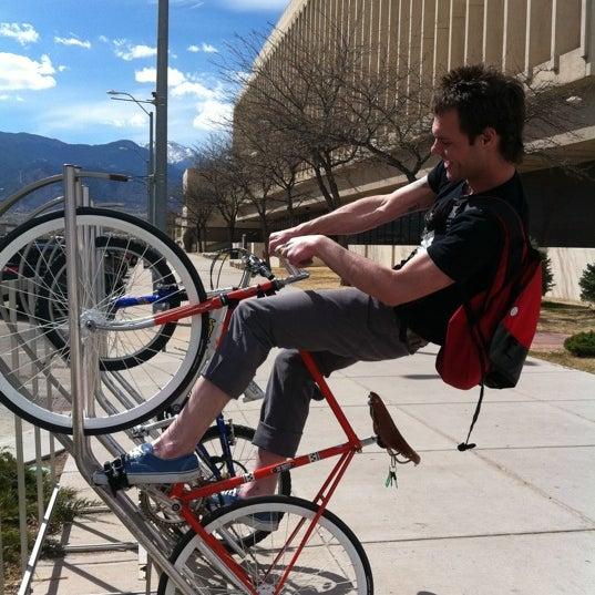 Photo prise au Bicycle Experience par Chett B. le4/17/2011