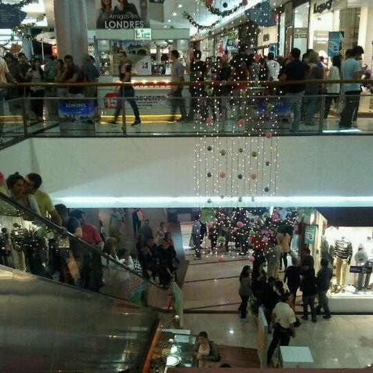 Foto tirada no(a) Punta Carretas Shopping por Javier E. em 12/10/2011