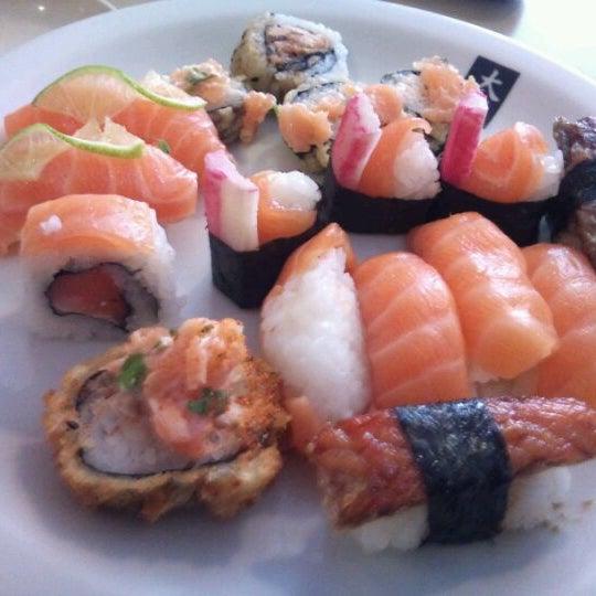 Foto tirada no(a) Daitan Japanese Food por Ernani N. em 12/17/2011