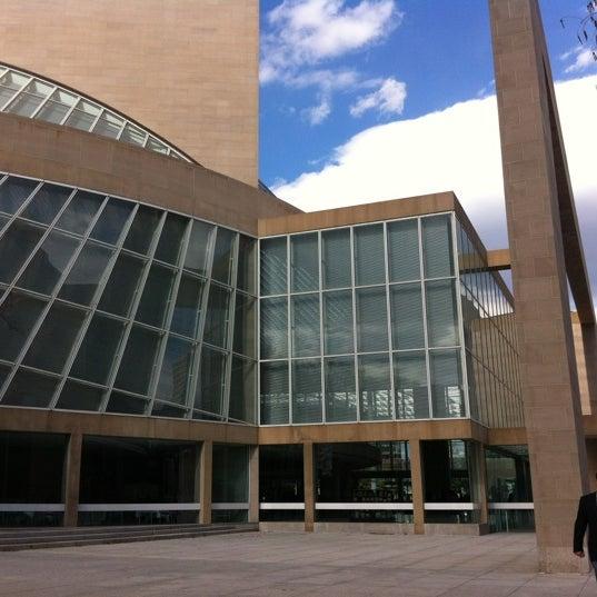 Foto tirada no(a) Morton H. Meyerson Symphony Center por Jisen A. em 3/3/2012
