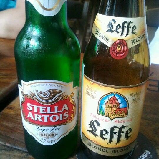 Photo prise au Cervejaria Asterix par Lari M. le2/9/2012
