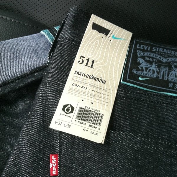cbbcec0c7c1 Levi s Jeans - Clothing Store in Portland