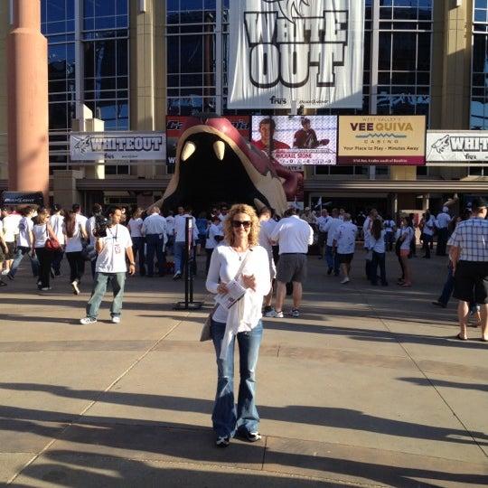 Снимок сделан в Gila River Arena пользователем Jeff S. 5/16/2012