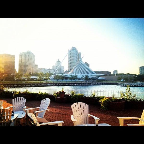 Foto tomada en Harbor House por Lisa F. el 7/31/2012