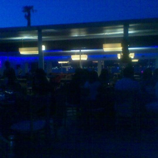 Photo prise au Biba Cafe par Huseyin K. le8/24/2012