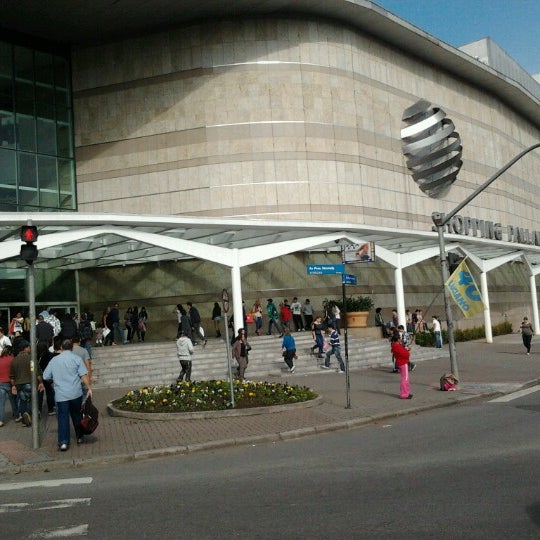 7/28/2012 tarihinde Jefferson S.ziyaretçi tarafından Shopping Palladium'de çekilen fotoğraf