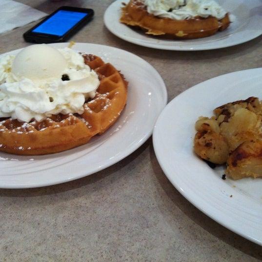 Photo prise au Morning Star Cafe par Kay C. le5/16/2012