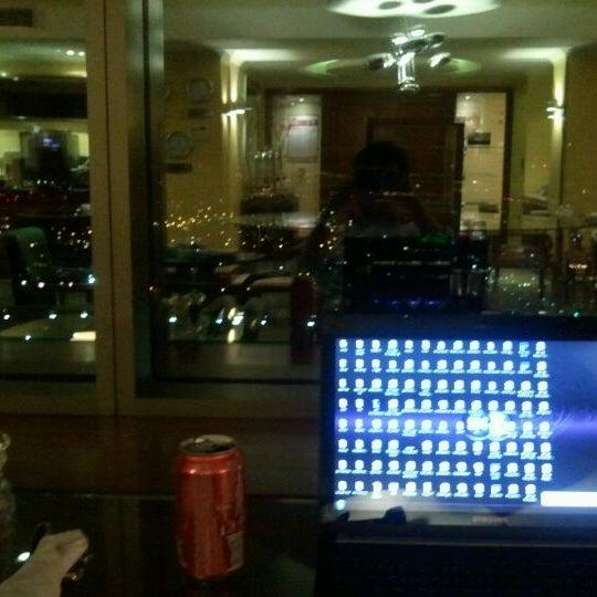 รูปภาพถ่ายที่ Courtyard by Marriott Santiago Las Condes โดย Leonardo L. เมื่อ 9/27/2011