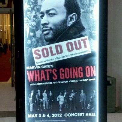 Снимок сделан в The John F. Kennedy Center for the Performing Arts пользователем Mark F. 5/4/2012