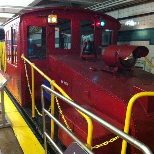 3/24/2012 tarihinde Matt F.ziyaretçi tarafından New York Transit Museum'de çekilen fotoğraf