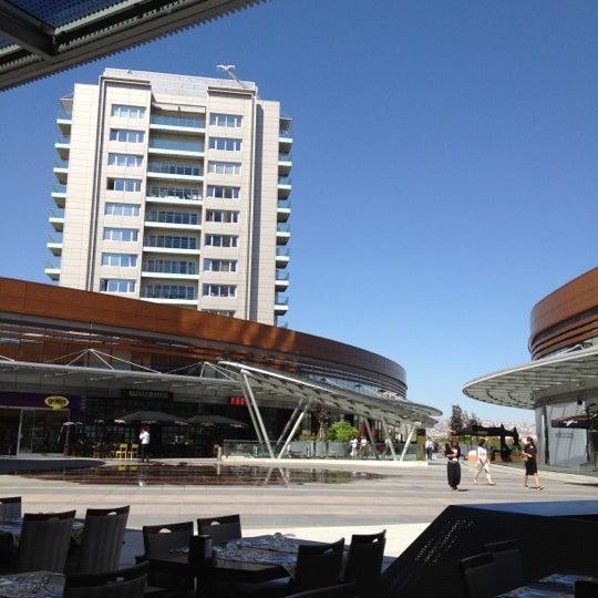 Das Foto wurde bei Tepe Prime Avenue von Tuna C. am 9/4/2012 aufgenommen
