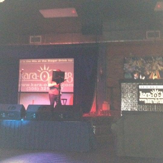 8/1/2012 tarihinde Vicky A.ziyaretçi tarafından The Stage'de çekilen fotoğraf