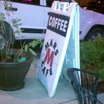 Снимок сделан в Mars Cafe пользователем David N. 8/5/2012