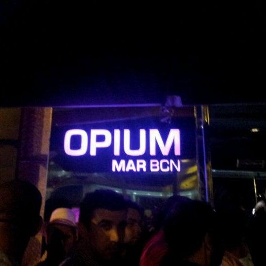 5/23/2012에 DaNn Esteban D.님이 Opium에서 찍은 사진