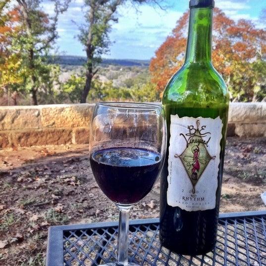 Foto diambil di Driftwood Estate Winery oleh AustinPixels pada 11/25/2011