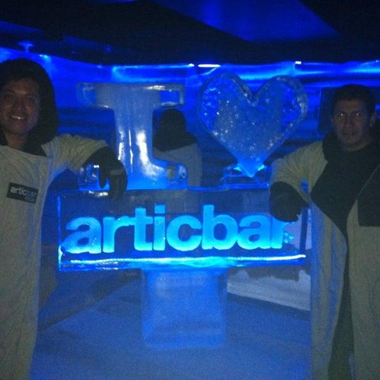 4/29/2012 tarihinde Erik F.ziyaretçi tarafından Articbar México'de çekilen fotoğraf