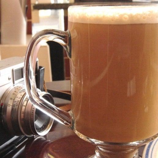 Das Foto wurde bei Makan von Madir M. am 1/21/2012 aufgenommen