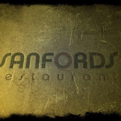 1/2/2011にShaun B.がSanfordsで撮った写真