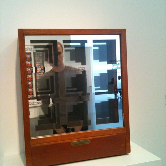 Foto tomada en Museum of Contemporary Art Chicago  por Sheila S. el 10/1/2011